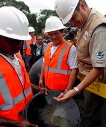 Ecuador dice en Canadá que busca 5.000 millones dólares en inversión minera