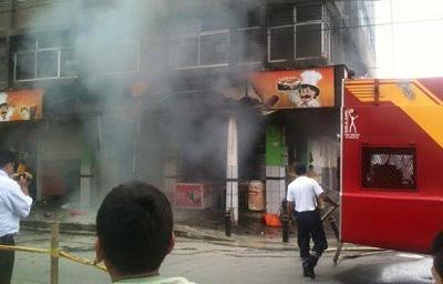 Incendio destruye una panadería en La Concordia (Video)
