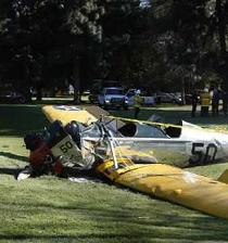 Harrison Ford en estado crítico tras accidente de avioneta