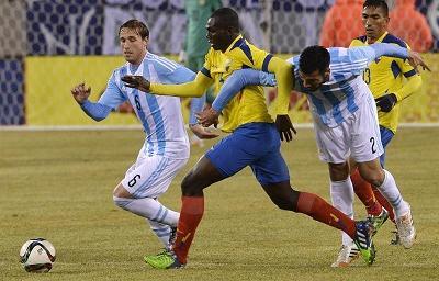 Argentina venció 2 - 1 a Ecuador