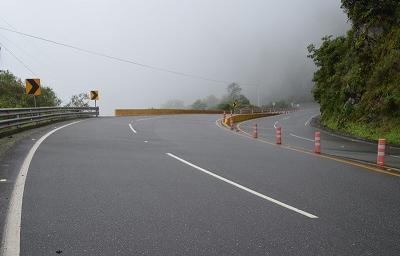 Especialistas españoles evaluaron el riesgo en la vía Alóag-Santo Domingo (Infografía)