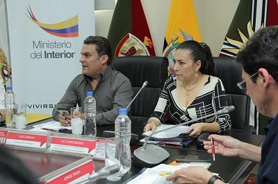 Ministro del interior se reuni con v ctimas de delitos for Foto del ministro del interior