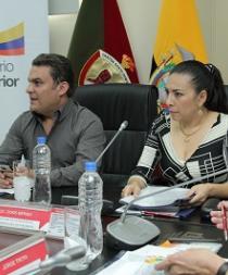 Ministro del Interior se reunió con víctimas de delitos sexuales en Santo Domingo