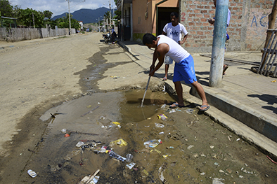 Tuber a de agua potable da ada desde hace 8 d as el - Tuberia agua potable ...
