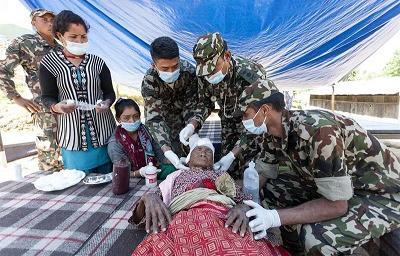 Terremoto de Nepal dejó más de 7.500 muertos y 14.400 heridos
