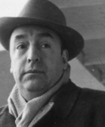 Piden que restos de Pablo Neruda vuelvan a su sepulcro