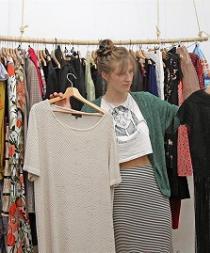 Nace la primera 'Ropateca', la tienda de moda que presta ropa
