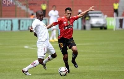 Liga de Quito empata 0-0 con D.Cuenca y pierde la punta