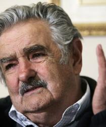Cuñada de Mujica lo acusa de 'traidor' y desata polémica