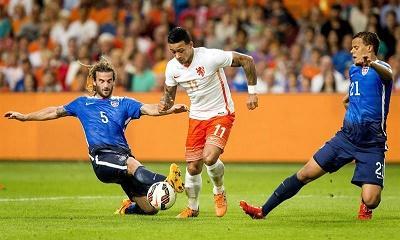 Estados Unidos remontó y doblegó a Holanda, por 4-3