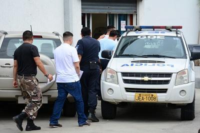 Reos provenientes de tres cárceles llegan a Manta para tomarles muestra de voz