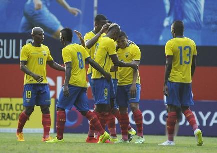 Ecuador goleó 4-0 a Panamá en el estadio Capwell