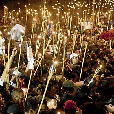 Miles protestas contra la corrupción
