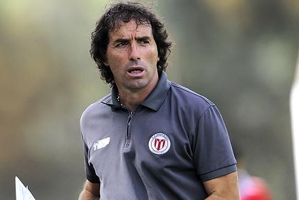 Guillermo Almada es el nuevo entrenador de Barcelona