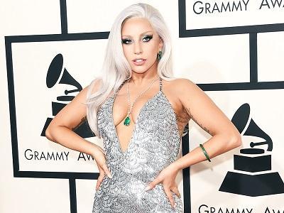 Lady Gaga pide medidas para combatir abusos sexuales en las universidades