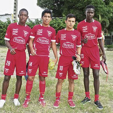 """Cuatro """"atuneros"""" en la selección Sub-15"""