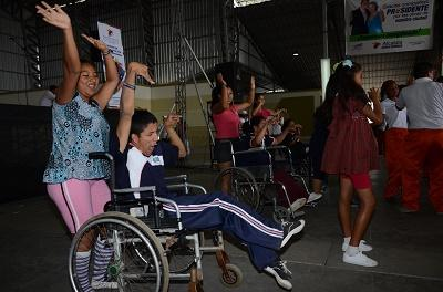 Taxis llevarán gratis a personas con discapacidad a eventos festivos