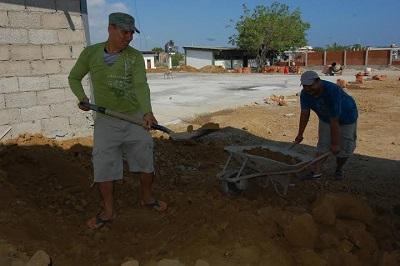 Construyen casa de retiro de movimiento religioso