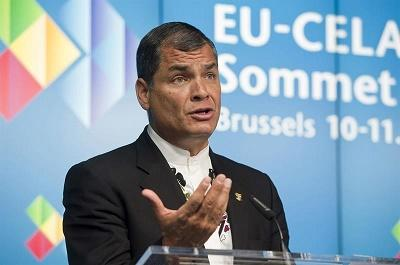 Correa dice que poner impuestos a la herencia no atenta contra la familia