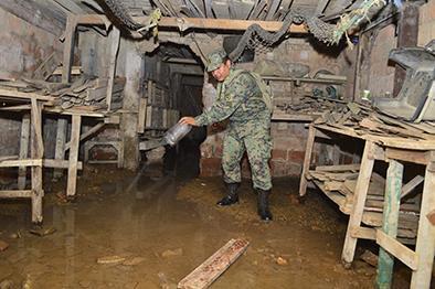 Militares encuentran inconvenientes para abatizar y fumigar
