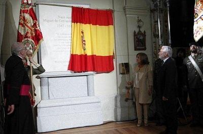 Los restos de Cervantes descansan en su nuevo monumento