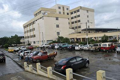 Reducen a dos el número de visitantes por paciente en hospital