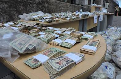Más de 2,5 millones de dólares falsos fueron destruidos por la Policía