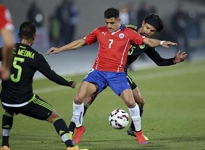 ¡PARTIDAZO! Chile y México empatan en un intenso cotejo (3-3)