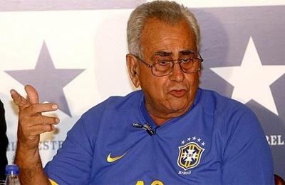 Muere 'Zito', bicampeón mundial con Brasil
