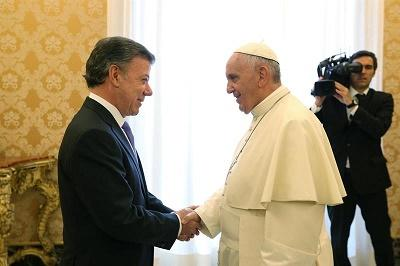 El papa ofreció a Santos su disponibilidad para ayudar en el proceso de paz