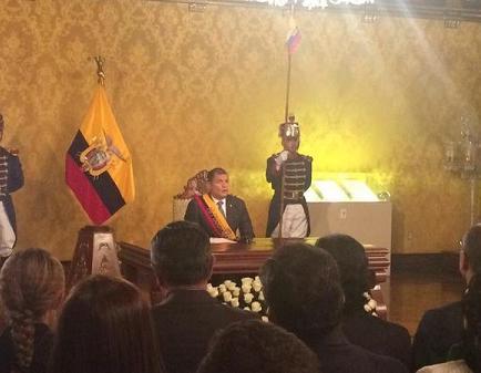 Rafael Correa retira 'temporalmente' proyectos que generaron protestas