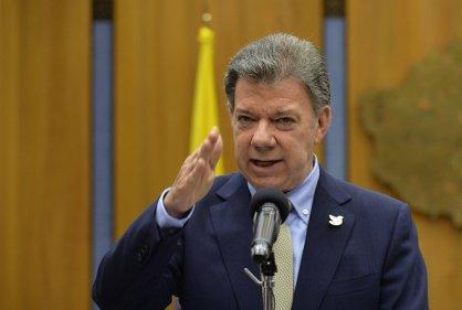 Santos pide a FARC que aceleren negociaciones para alto el fuego definitivo
