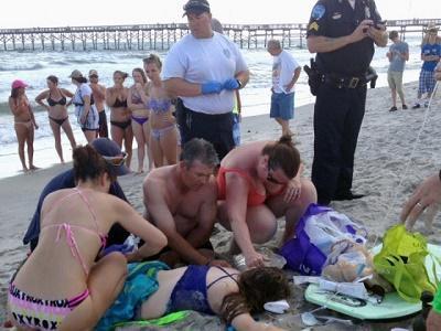 Dos adolescentes pierden un brazo en sendos ataques de tiburón