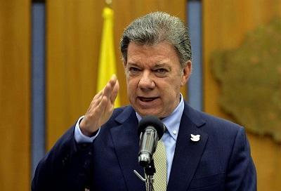 Presidente de Colombia pide acelerar el proceso de paz esta semana