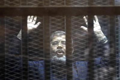 Justicia egipcia condena al expresidente Mohamed Mursi a la horca