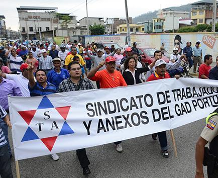 Obreros harán otra protesta por despido de trabajadores