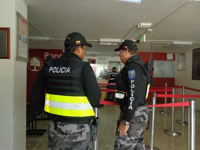 Implementan plan para evitar robos en zona bancaria