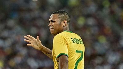 Presunto ladrón tomó como rehenes a varios familiares del futbolista Robinho