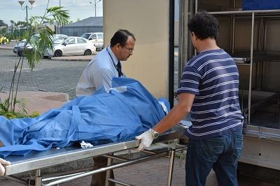 Manabita muere al caer de cerca de tres metros