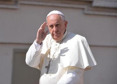 Papa Francisco: 'Salvar a los bancos 'a toda costa' solo generará nuevas crisis'