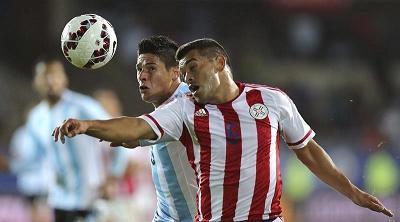 El lateral Samudio, baja de Paraguay para el desafío ante Uruguay