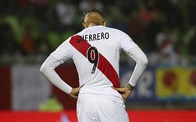 Árbitro borra segunda amarilla a Paolo Guerrero y puede enfrentar a Colombia