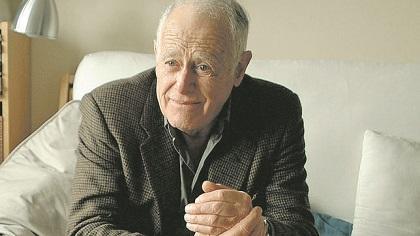 Muere el escritor estadounidense James Salter, maestro de prosa sofisticada