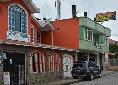 En la cooperativa Santa Martha las casas son convertidas en locales comerciales