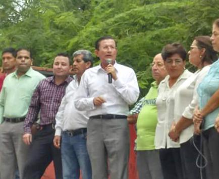 Firma de acuerdo político entre Camino y Alianza PAIS no se concreta aún