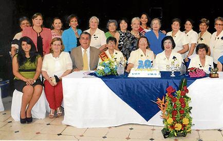 Sesión solemne en aniversario