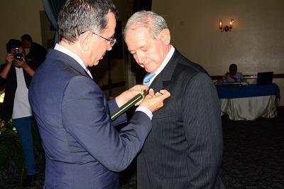 Medardo Mora recibió un homenaje por su trayectoria