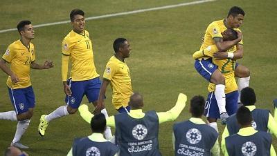 Brasil vence por 2-1 a Venezuela y clasifica a cuartos de final