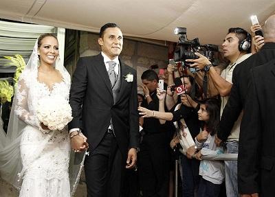 Keylor Navas se casa con Andrea Salas en medio de una multitud