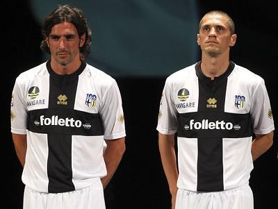 El Parma italiano quiebra al no encontrar comprador y desciende a aficionados